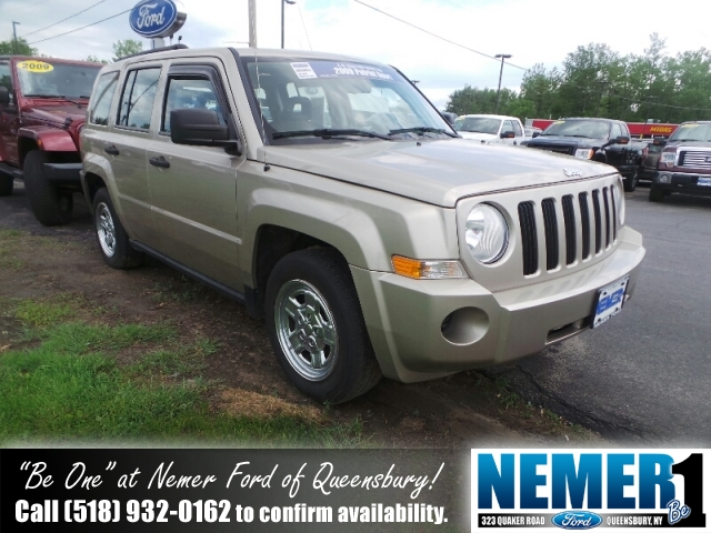 Used Jeep Patriot FWD 4DR SPORT