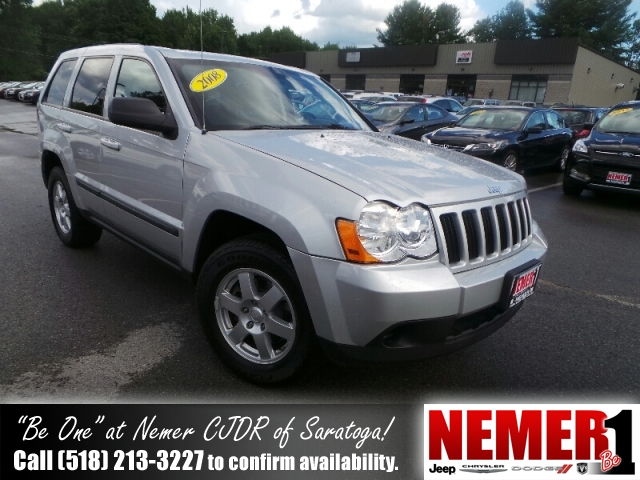 Used Jeep Grand Cherokee 4WD 4DR LAREDO