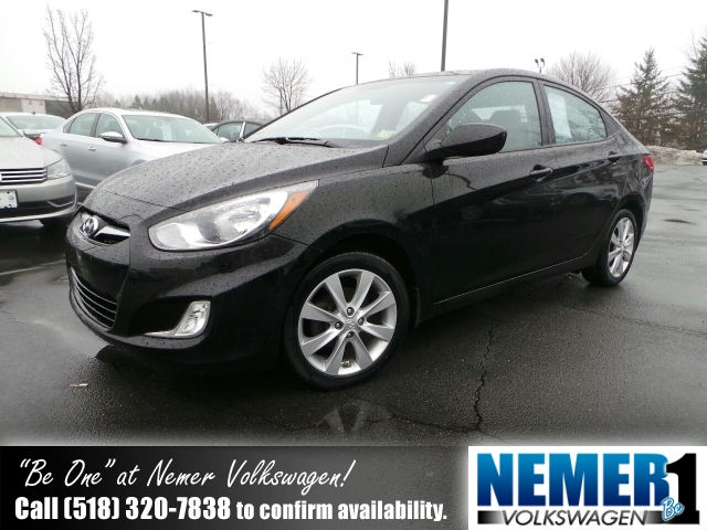 Used Hyundai Accent 4DR SDN AUTO GLS